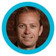 Wayne-Arnold-Ejecutivos-Marketing-Digital-Cliento